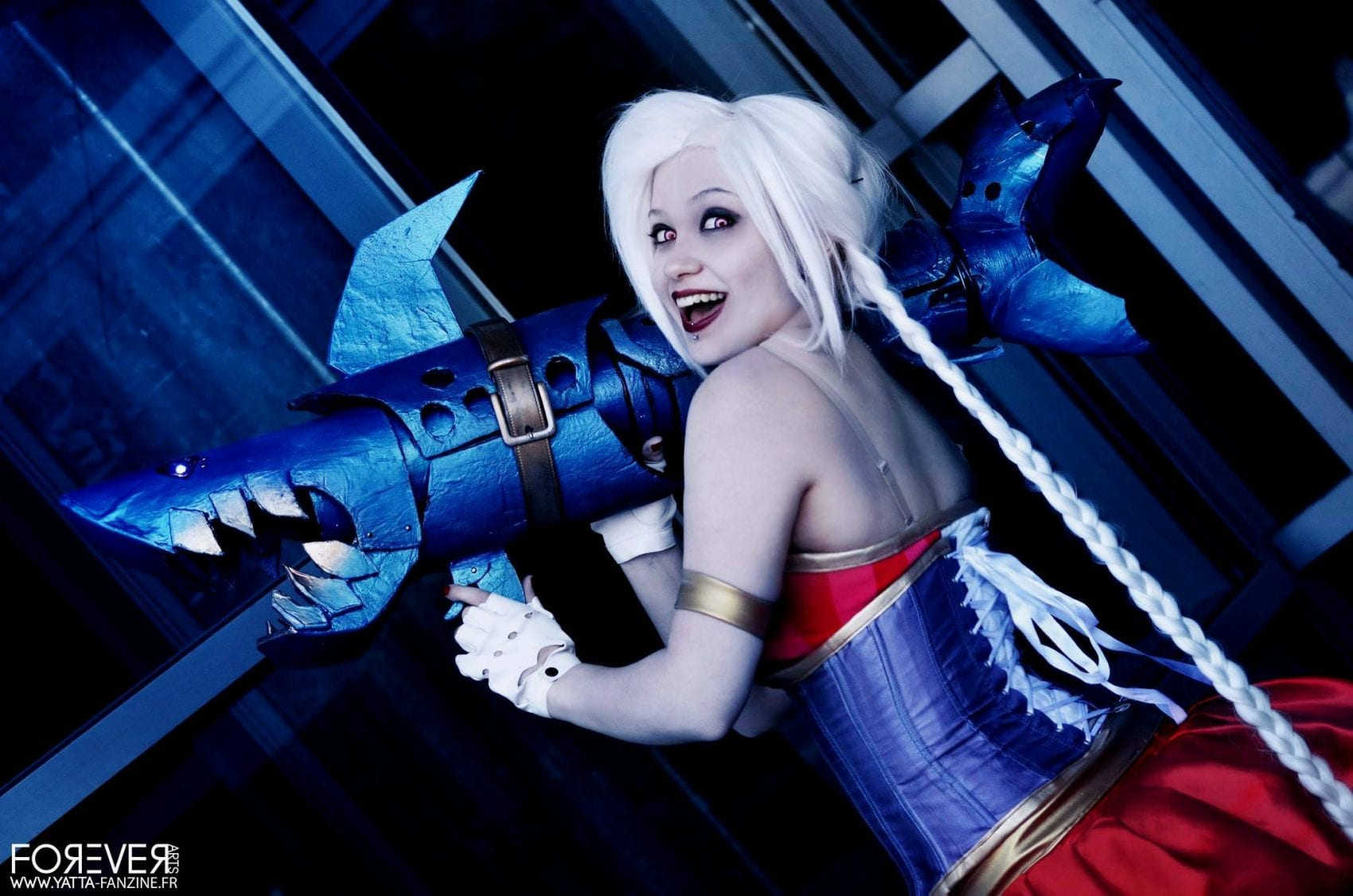 INTERVIEW – Emryis Cosplay