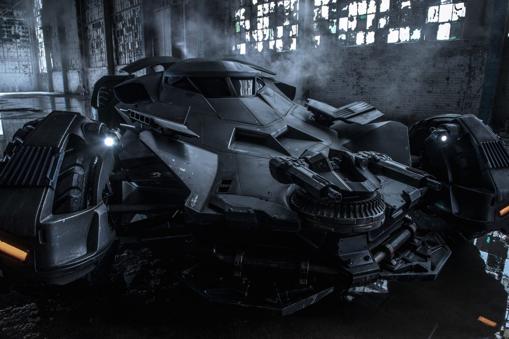 Batman film solo News My Geek Actu Batmobile.jpg